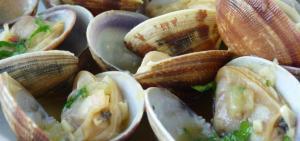 Almejas al Jerez - Venusschelpen in sherrysaus