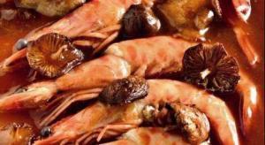 Fricandó de langostinos - Garnalen en champignons in amandelsaus