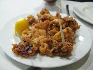 Chipirones fritas - Gefrituurde kleine inktvisjes