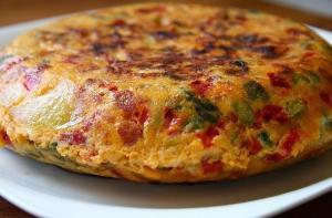 Tortilla con calabacin y chorizo - Tortilla met courgette en chorizo