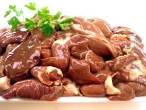 Hígados al jerez (2.) - Kippenlevertjes in sherrysaus