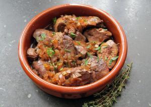 Hígados de pollo al Jerez (3.)- Gebakken kippenlevertjes met sherry