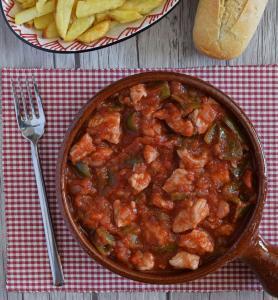 Tapa de Magra con Tomate - Tapa van Varkensvlees in tomatensaus