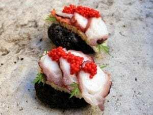 Tosta de Pulpo sobre Paté de Rape - Toast met octopus en zeeduivelpaté