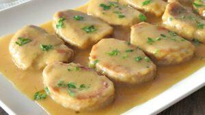 Puntitas de solomillo al ajillo - Haasbiefstukjes in knoflooksaus